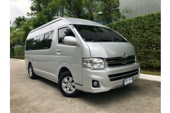 2012 Toyota Commuter 2.5 MT