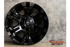 MODEL : FUEL-VAPOR SIZE : 20X9 PCD : 6X135/6X139.7 ET : +1 CB : 106.1 COLOR : MATTE BLACK